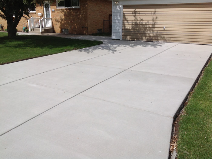 Broom finished driveways gallery real help custom concrete for New concrete driveway