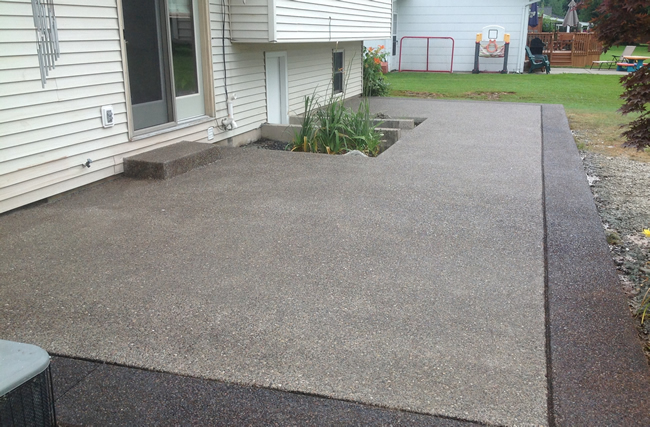 Superieur Exposed Aggregate Patio